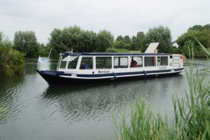 Fluisterboot Bernisse