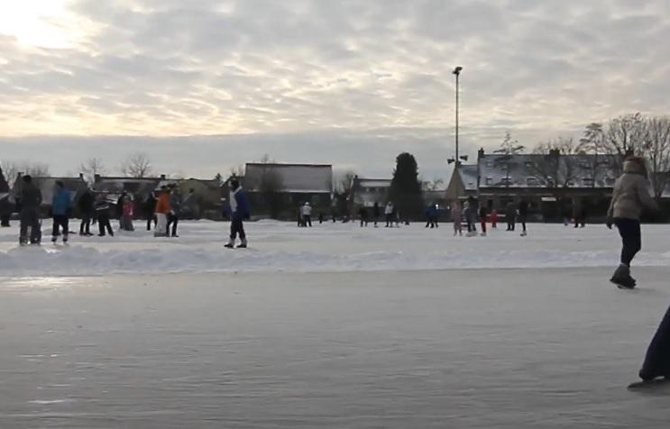 Schaatsen ijsbaan Zuidland